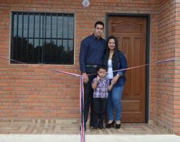 Primera construcción de vivienda realizada con Hábitat para la Humanidad